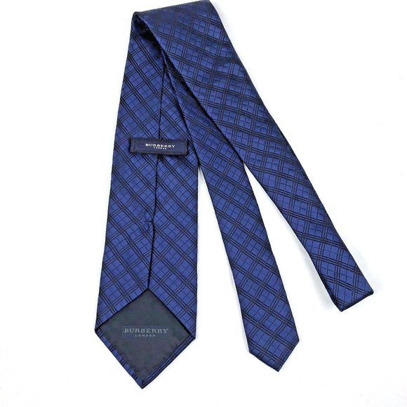 43029af31182 Burberry London Other - Burberry London Mens Tie Navy Blue Black Geometric